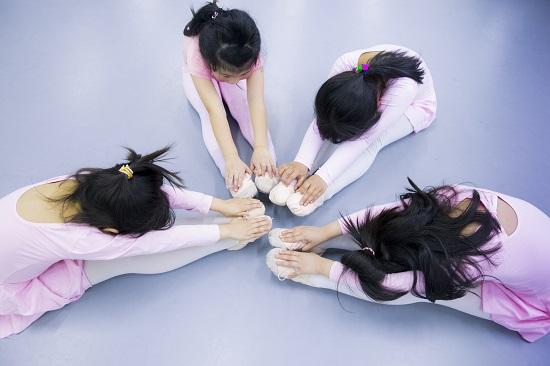 孩子参加舞蹈比赛和考级的7大好处!