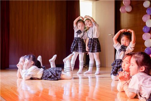 为什么要让孩子参加舞蹈比赛