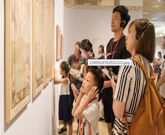 天这么热,带孩子去艺术博物馆玩吧 !