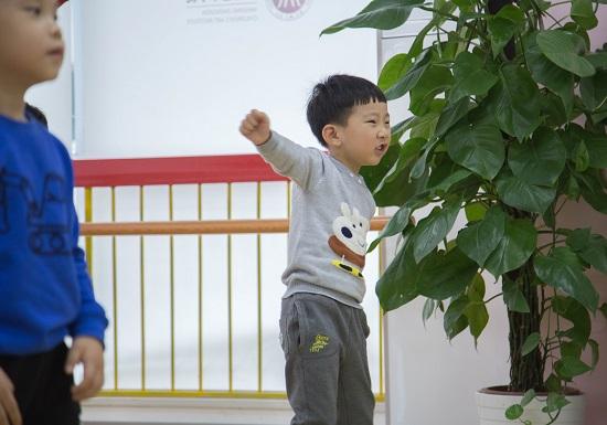 孩子学舞蹈,真的是越早越好,越难越好吗?