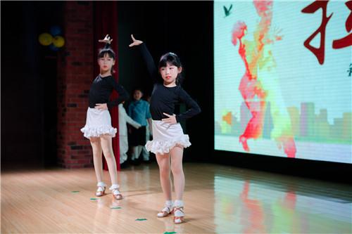 你家的孩子,舞蹈学习的怎么样啦!