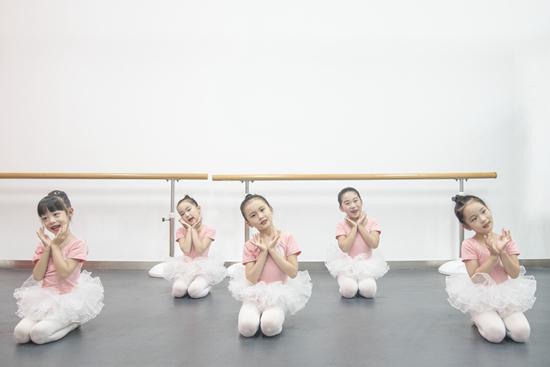怎样让孩子开始喜欢舞蹈?