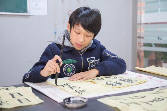 孩子可以同时学几门艺术特长吗?