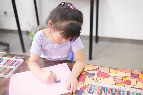 家里有个喜欢画画的孩子是一种怎样的体验?