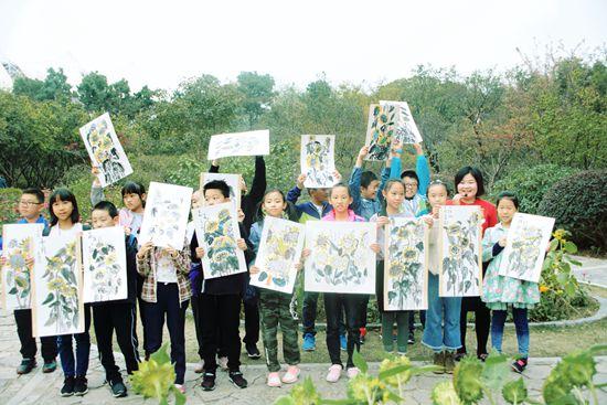 家长们喜欢自己当老师教孩子画画,这样真的好吗?