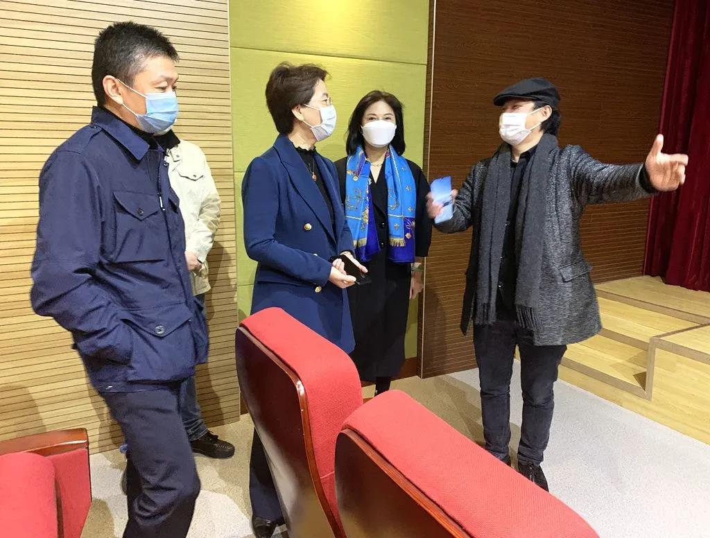 热烈欢迎|南京市玄武区钱维区长莅临正人集团慰问考察指导