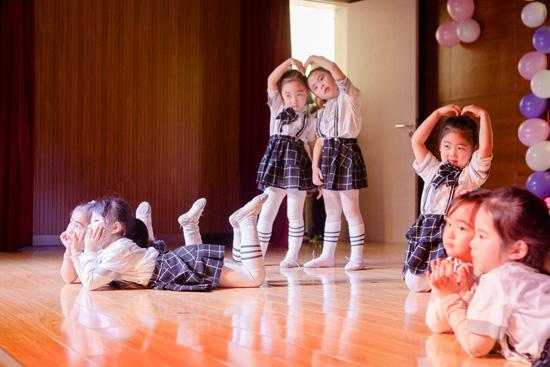 学习不止是书本上的考试,舞蹈考级也很重要哦!