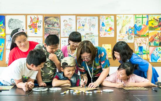 孩子为什么更喜欢跟同伴一起画画呢?